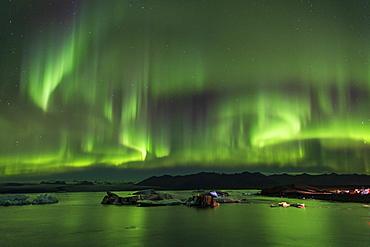 Jokulsarlon Glacial Lagoon with Aurora Borealis (Northern Lights) display, Jokulsarlon, South Iceland, Iceland, Polar Regions