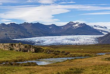 View of Breidamerkurjokull Glacier and Vatnajokull Ice Cap behind, South East Iceland, Iceland, Polar Regions