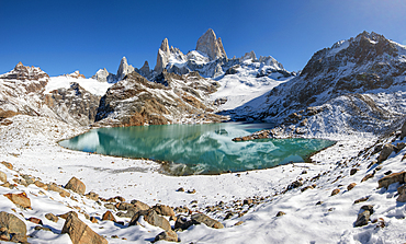 Mount Fitz Roy rising from Lago de los Tres, Los Glaciares National Park, UNESCO World Heritage Site, El Chalten, Patagonia, Argentina, South America