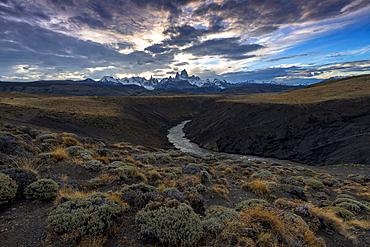Mount Fitz Roy (Cerro Chalten) with Las Vueltas river, a typical Patagonia landscape, Los Glaciares National Park, UNESCO World Heritage Site, El Chalten, Argentina, South America