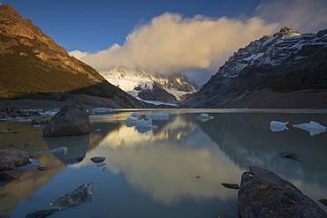 Sunrise at Laguna Torre, Los Glaciares National Park, UNESCO World Heritage Site, Santa Cruz Province, Argentina, South America