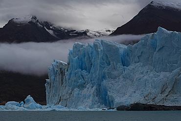 The Perito Moreno Glacier, Los Glaciares National Park, UNESCO World Heritage Site, Santa Cruz Province, Patagonia, Argentina, South America