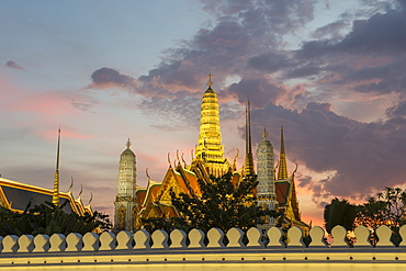 The Grand Palace at night, Bangkok, Thailand, Southeast Asia, Asia