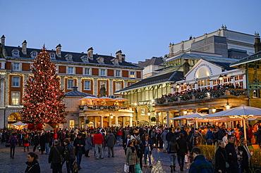 Christmas scene at Covent Garden, London, England, United Kingdom, Europe