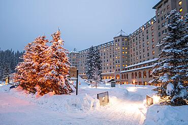 The Fairmont Chateau Lake Louise hotel in winter, British Columbia, Canada, North America