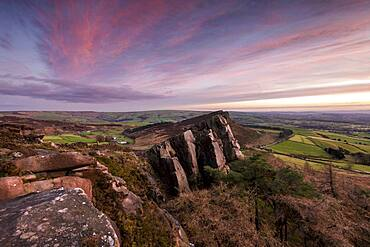 Hen Cloud at The Roaches with amazing sky, The Roaches, Peak District, Staffordshire, England, United Kingdom, Europe