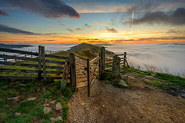 The gate leading to The Great Ridge and Losehill with cloud inversion, Edale, The Peak District, Derbyshire