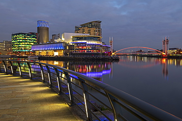The Lowry and MediaCityUK at night in Salford Quays, Manchester, England, United Kingdom, Europe