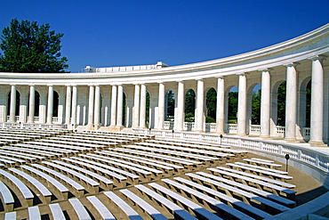 The colonnaded amphitheater of the Arlington Cemetery in Virginia, United States of America, North America