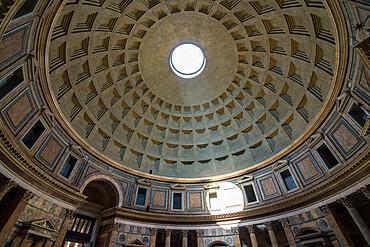 Pantheon interior, UNESCO World Heritage Site, Rome, Lazio, Italy, Europe