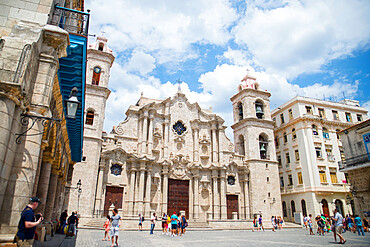 Havana Cathedral, Habana Vieja, UNESCO World Heritage Site, Cuba, West Indies, Central America