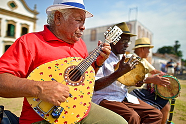 Musicians performing tradicional Brazilian music in Paraty, Rio de Janeiro State, Brazil