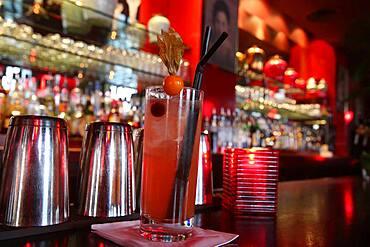 China Club. The bar. Singapore Sling.
