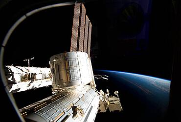 STS-131, International Space Station, 2010