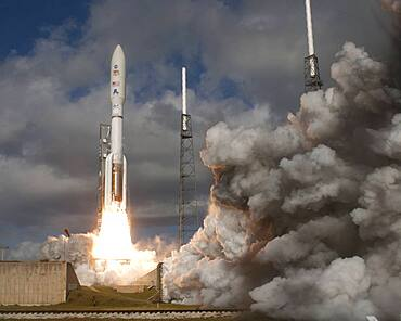 Mars Science Laboratory Rover Curiosity Lifts-Off