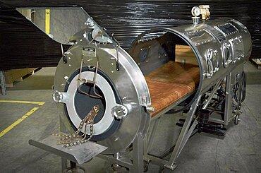 Negative Pressure Ventilator, Iron Lung