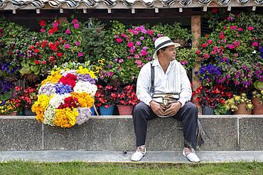 Josv� v�ngel Zapata, Silletero, flower farmer, Finca, silletera, farm, Vereda Barro Blanco,  Sector El Rosario, Medellv?n, Colombia