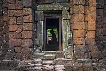 Buddha statue, Central sanctuary, in Prasat Hin Phimai (Phimai Historical Park), Phimai, Nakhon Ratchasima province, Thailand