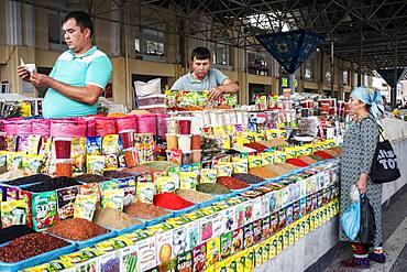 Spice shop, Siob Bazaar, Samarkand, Uzbekistan