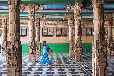 Woman, in Rangaji Temple ( Ranganath Temple ), Vrindavan, Mathura, Uttar Pradesh, India
