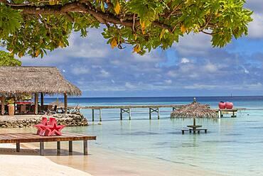 Havaiki lodge beach and pier in Fakarava. Havaiki-te-araro, Havai'i or Farea atoll, Tuamotu Archipelago, French Polynesia, Pacific Ocean