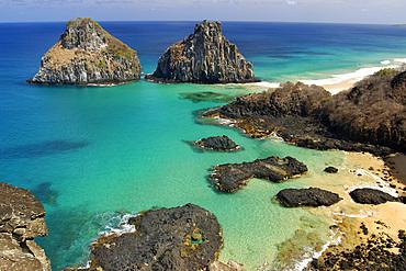 Porco's bay and Dois Irmaos islands, Fernando de Noronha national marine sanctuary, Pernambuco, Brazil (S. Atlantic)