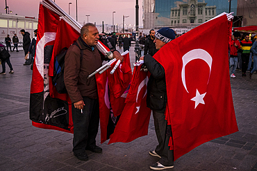 Turkish flag sellers on the streets of Istanbul