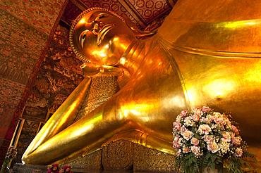 The Reclining Buddha at Wat Pho Temple, Bangkok, Thailand.