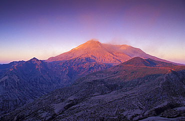 Mount Saint Helens at sunrise from Smith Creek Viewpoint; Mount St. Helens National Volcanic Monument, Washington..