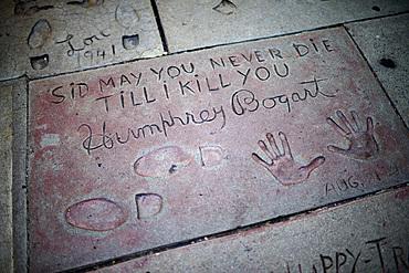 Humphrey Bogart¥s prints in Grauman's Chinese Theatre, Hollywood Boulevard.