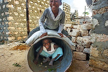 Children from the slum of Wiyoni department in the northern of the Lamu island in Kenya