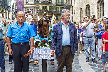 Santiago Apostle procession, celebration of the day of santiago, patron of the cathedral, Old Town (Casco Viejo), Bilbao, Spain