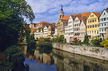 Buildings overlooking the Neckar River at Tubingen, Baden Wurttemberg, Germany, Europe