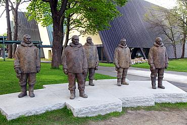 Life size sculptures of the Norwegian hero Roald Amundsen and his party of Arctic explorers, National Maritime Museum, Oslo, Norway, Scandinavia, Europe