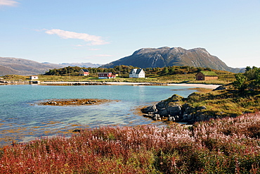 Farmhouse at Gasvaer, Kvalfjord, Troms, North Norway, Norway, Scandinavia, Europe