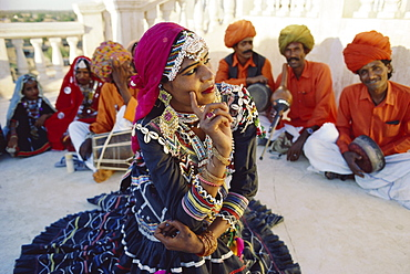 Traditional Kalbalia Dance Troupe, Rajasthan, India
