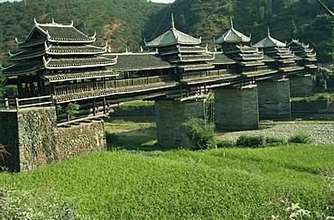 Dong Wind and Water Bridge, Chenyang Bridge, Guangxi Province, China, Asia
