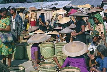 People at Toraja market, Rangepad, island of Sulawesi, Indonesia, Southeast Asia, Asia