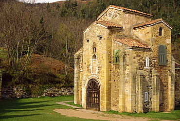 Ninth century Royal Chapel of Summer Palace of Ramiro I, remodelled in the 17th century, at San Miguel de Lillo, Oviedo, Asturias, Spain, Europe