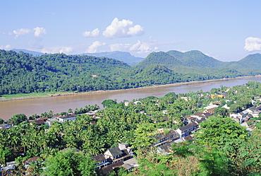 Upper Mekong river, Luang Prabang, Laos, Indochina, Asia