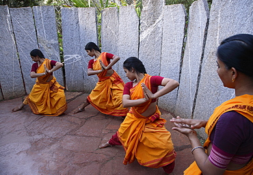 Body conditioning exercise for dancers at Nrityagram, Bangalore, Karnataka, India, Asia