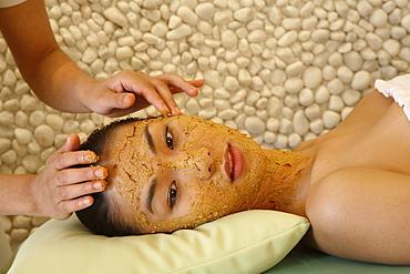 Saffron facial at Aura Spa at Park Hotel, New Delhi, India, Asia