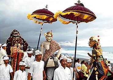 Melasti ceremony, Bali, Indonesia, Southeast Asia, Asia