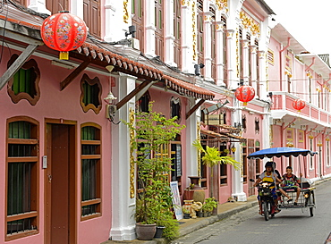 Turn of the century Chinese shophouses in Romanee Road, Phuket town, Thailand, Southeast Asia, Asia