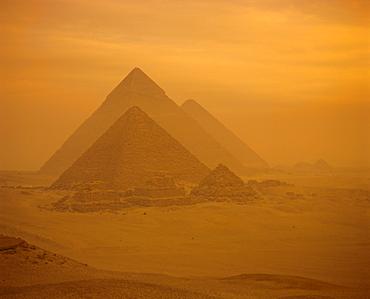 The Pyramids, Giza, UNESCO World Heritage Site, near Cairo, Egypt, North Africa, Africa