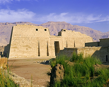 Temple of Ramesses III (Rameses III), Valley of the Kings, Thebes, UNESCO World Heritage Site, Egypt, North Africa, Africa