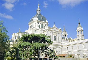 Almudena Cathedral, started 1880 and dedicated by the Pope in June 1993, Madrid, Spain, Europe
