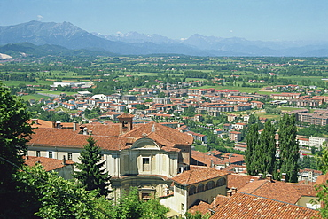 Mondovi Piazza view across to the Alps, Piedmont, Italy, Europe