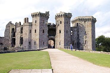 Raglan Castle, Gwent, Wye Valley, Wales, United Kingdom, Europe