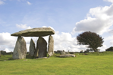 Dolmen, Neolithic burial chamber 4500 years old, Pentre Ifan, Pembrokeshire, Wales, United Kingdom, Europe
